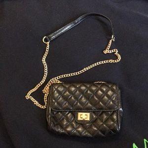 Handbags - 🆕 Quilted Black crossbody bag faux leather mini